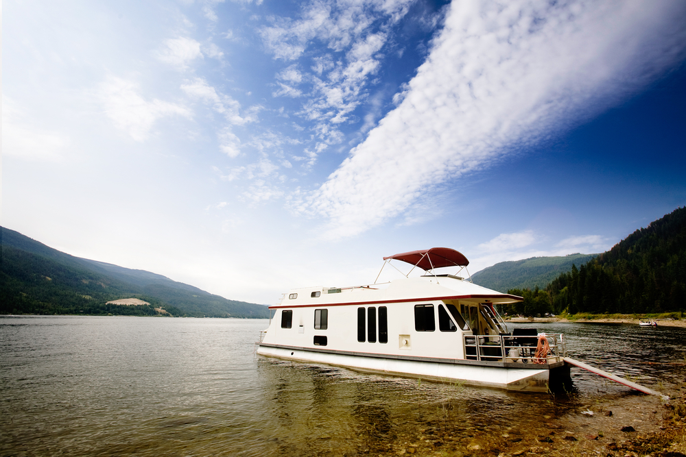 houseboat driving skills themes