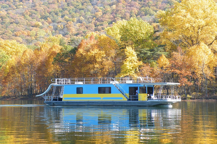 Cove Dweller Houseboat