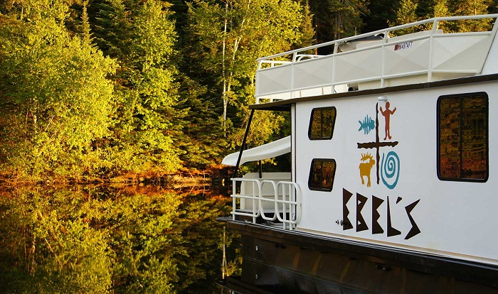 Voyageurs National Park Houseboat Rentals